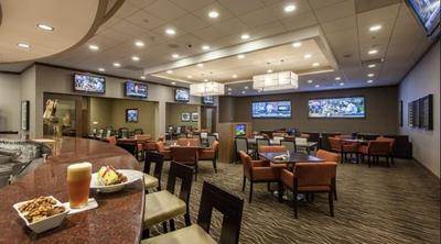 Champions Club at DoubleTree by Hilton Hotel Pittsburgh - Green Tree