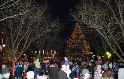 Hyde Park Square Annual Holiday Tree Lighting Event