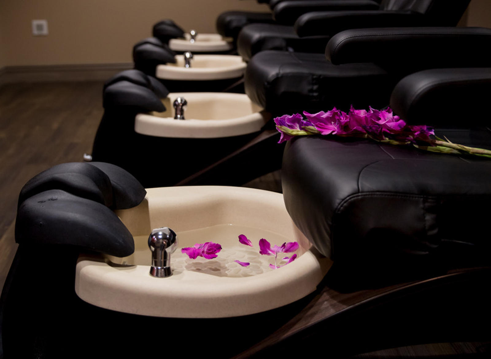 Relax and Unwind at 2 of the Best Spas Near Cincinnati
