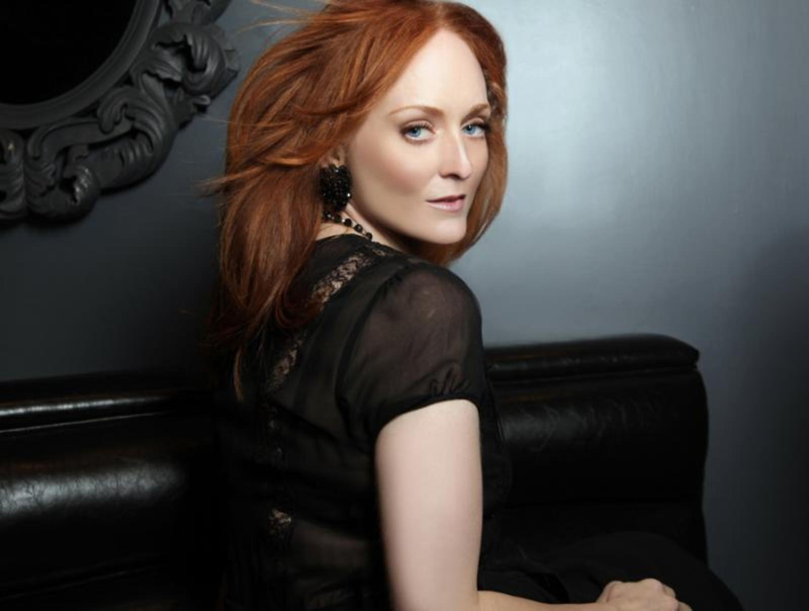 See Antonia Bennett at the Cafe Carlyle in New York City!