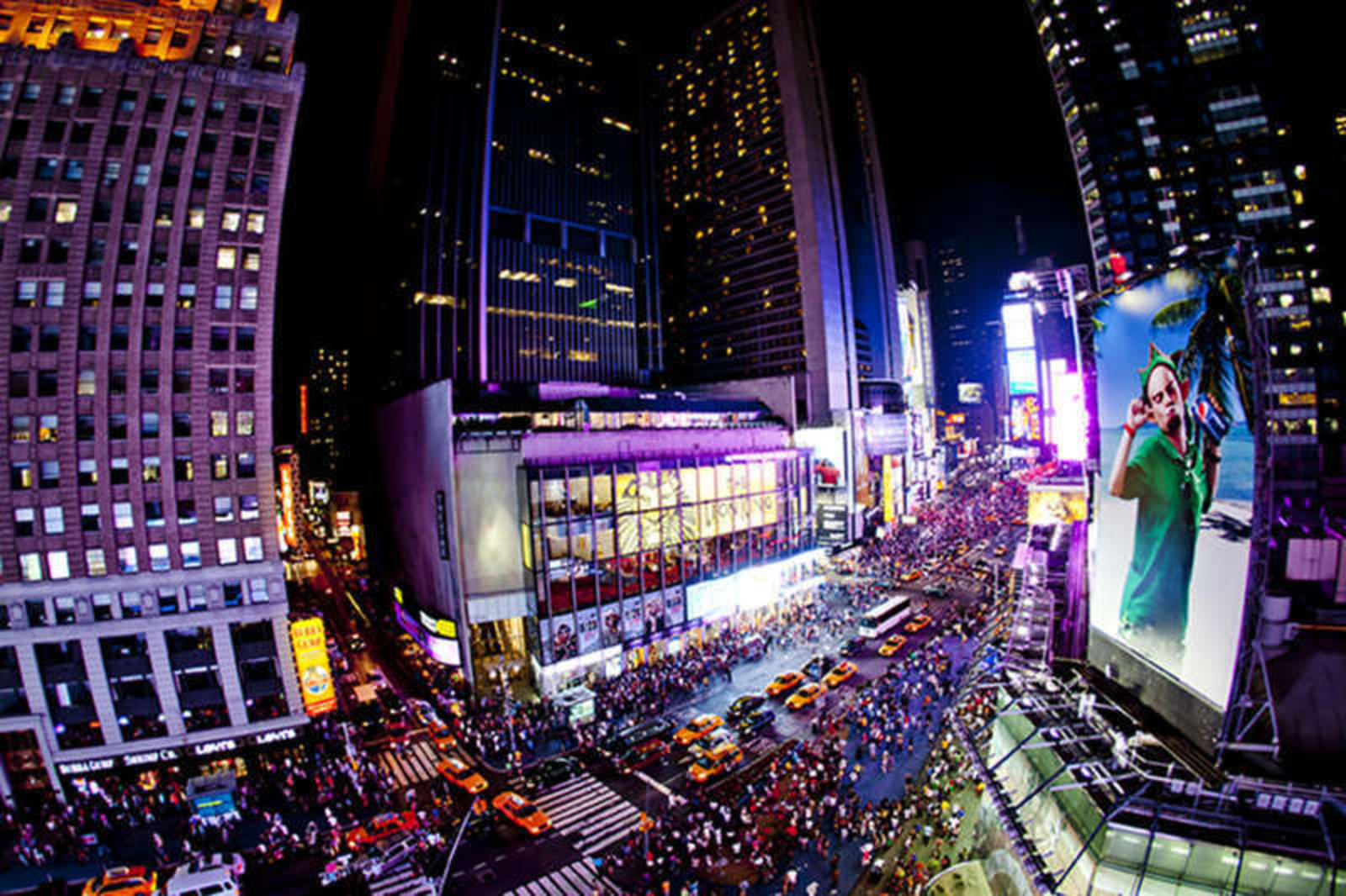 Things to do in times square new york city entertainment for Times square new york things to do