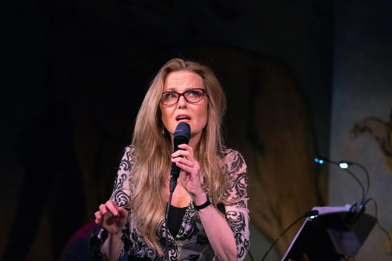 Tierney Sutton: A Marilyn & Alan Bergman Songbook at the Cafe Carlyle